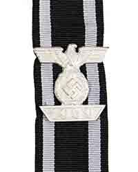 1939 Clasp w/ ribbon